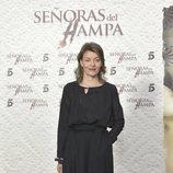 Nuria González posa ante los medios en la presentación de 'Señoras del (h)AMPA'