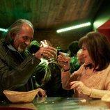 Menchu se toma una copa con un motero en el 11x07 de 'La que se avecina'