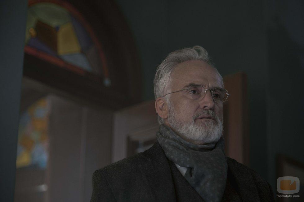 Bradley Whitford como Joseph Lawrence en la tercera temporada de 'The Handmaid's Tale'