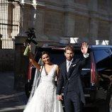 Pilar Rubio y Sergio Ramos, posando juntos en su boda