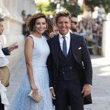Manuel Díaz El Cordobés y Virginia Troconis en la boda de Pilar Rubio y Sergio Ramos