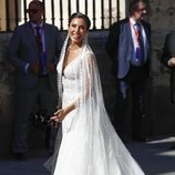 Pilar Rubio luciendo su vestido de novia durante su boda con Sergio Ramos