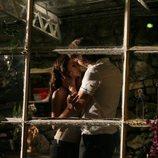Behlül y Bither desatan su pasión en 'Amor prohibido'