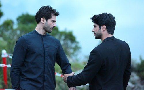 Kemal Soydere y Emir Kozcuoglu se enfrentan en el último capítulo de 'Kara Sevda (Amor eterno)'