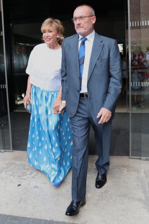 Mila Ximénez en la boda de Belén Esteban y Miguel
