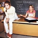 Rebeca Cobos y Lara de Miguel en el rodaje de 'Compañeros'