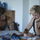 Adrián Lastra y Cecilia Freire leen el guion del último capítulo de 'Velvet Colección'