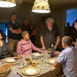 El equipo de 'Vergüenza', en el rodaje de la tercera temporada