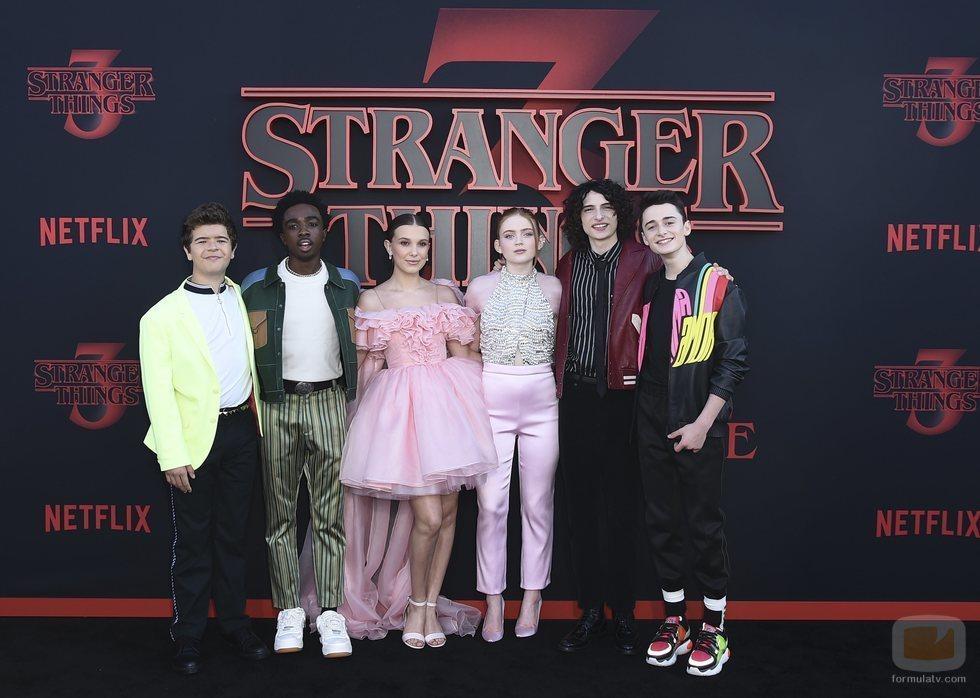 Los protagonistas de 'Stranger Things', en la premiere de la tercera temporada