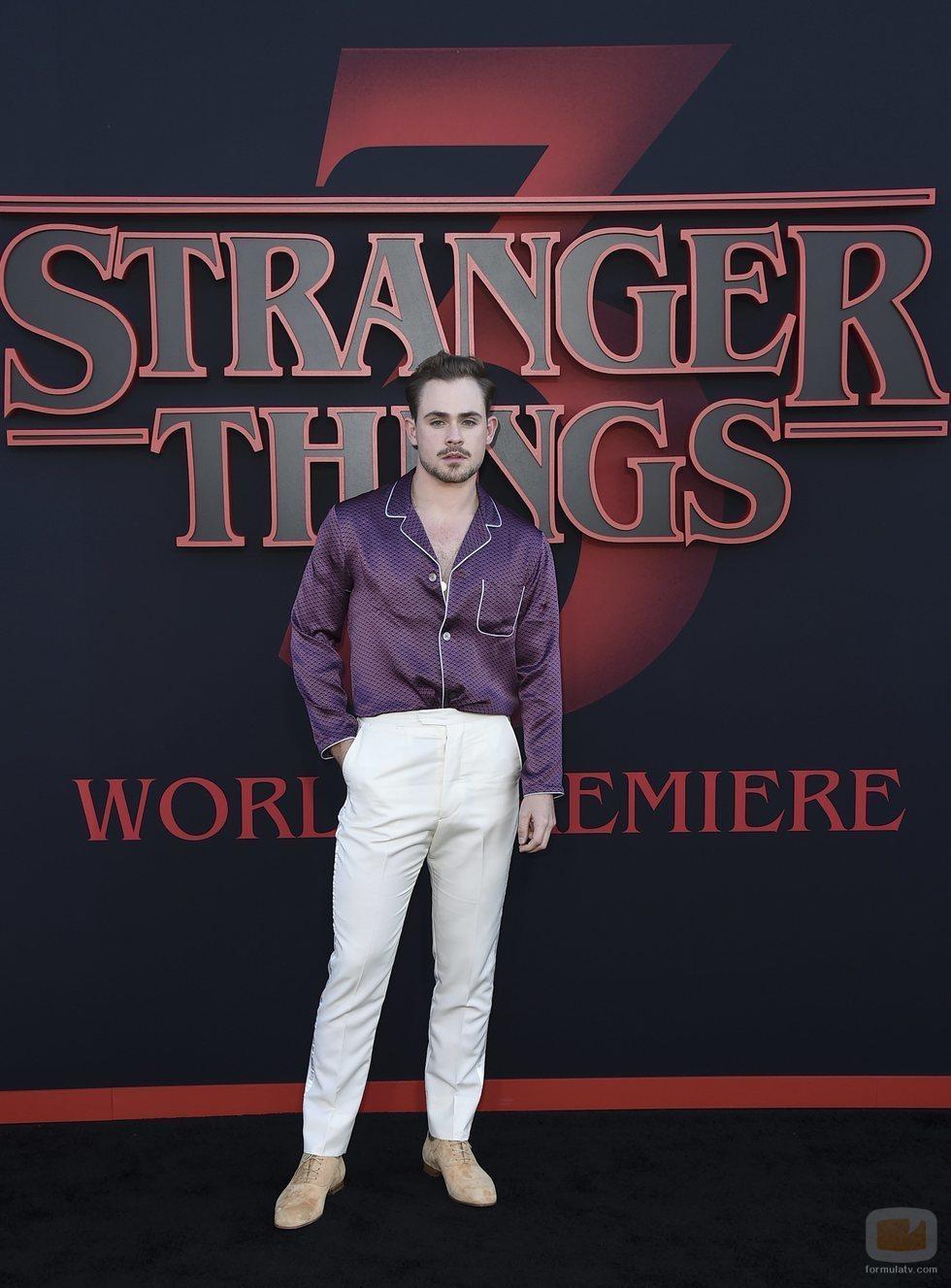 Dacre Montgomery, en la premiere de la tercera temporada de 'Stranger Things'