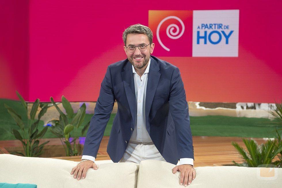 Máximo Huerta es el presentador 'A partir de hoy', un magacín diario de La 1