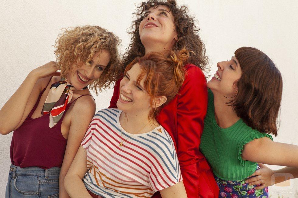 Paula Malia, Teresa Riott, Silma López y Diana Gómez son las protagonistas de 'Valeria'