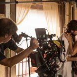 Álvaro Morte e Itziar Ituño durante el rodaje de la parte 3 de 'La Casa de Papel'