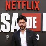 Álvaro Morte en la premiere de la tercera temporada de 'La Casa de Papel'
