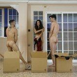 Juanjo, Raquel y Sergio se desnudan en 'El contenedor'