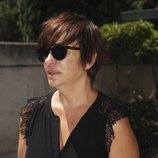Melani Olivares en el tanatorio por la muerte de Eduardo Gómez