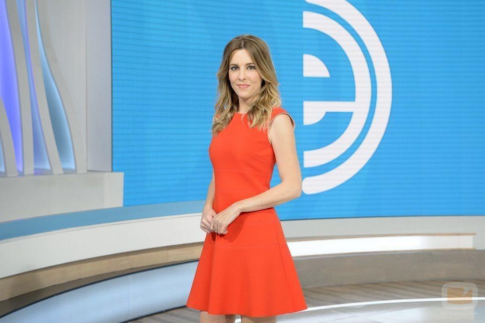 Ana Ibáñez, presentadora de 'La mañana' durante el verano