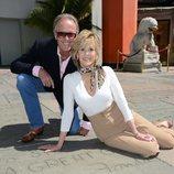 Peter Fonda posa junto a su hermana Jane Fonda