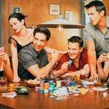 Los protagonistas de 'Friends' jugando al póker