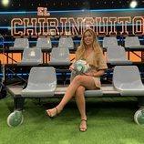 Andrea Borreguero sentada en la grada del público de 'El Chiringuito de Jugones'