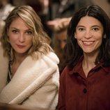 Deborah (Paloma Bloyd) e Inés (Irene Visedo) en la temporada 20 de 'Cuéntame cómo pasó'