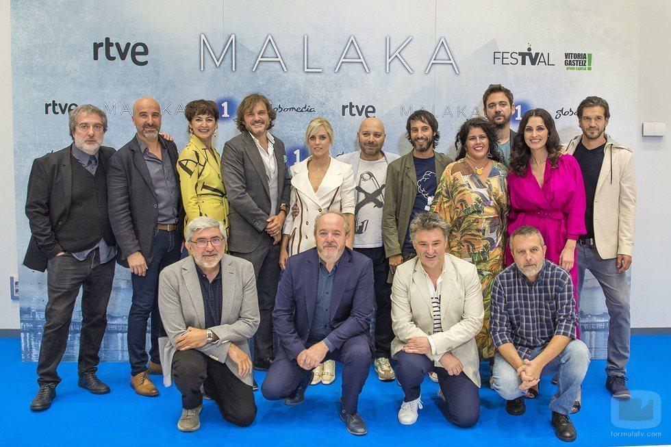 El equipo de 'Malaka' en la presentación
