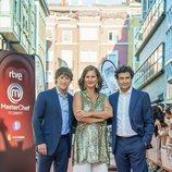 Jordi Cruz, Samantha Vallejo-Nágera y Pepe Rodríguez en la presentación de 'MasterChef Celebrity 4'