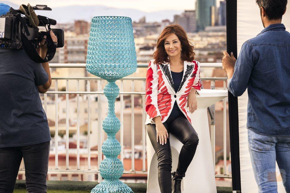 Ana Rosa Quintana en la sesión de fotos de la nueva temporada de 'El programa de Ana Rosa'