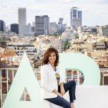 Ana Rosa Quintana posa durante la sesión de fotos de lo nuevo de 'El programa de Ana Rosa'