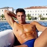 Gianmarco Onestini, muy sugerente en una barca