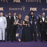 El equipo de 'Chernobyl' posa con sus premios Emmy 2019