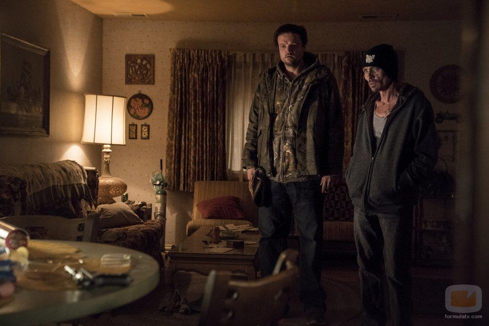 Matt Jones y Charles Baker en 'El Camino: Una Película de Breaking Bad'