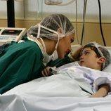 Sherezade y Kaan en el hospital en 'Las mil y una noches'
