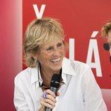 Mercedes Milá ríe en la presentación de la segunda temporada de 'Scott y Milá'