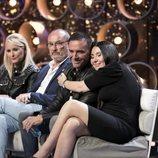 Milenia abraza a su marido Dinio en la Gala 5 de 'GH VIP 7'