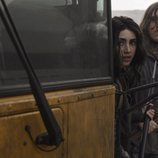 Alexa Mansour y Hal Cumpston en el segundo spin-off de 'The Walking Dead'