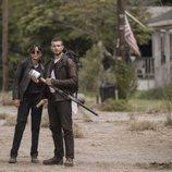 Annet Mahendru y Nico Tortorella en el segundo spin-off de 'The Walking Dead'