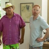 Cameron Tucker y Mitchell Pritchett en la temporada 11 de 'Modern Family'