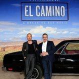 Aaron Paul y Vince Gilligan en la premiere de 'El Camino: Una película de Breaking Bad'