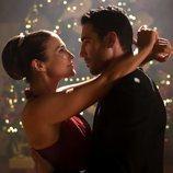 Paula Echevarría y Miguel Ángel bailando en 'Velvet colección'