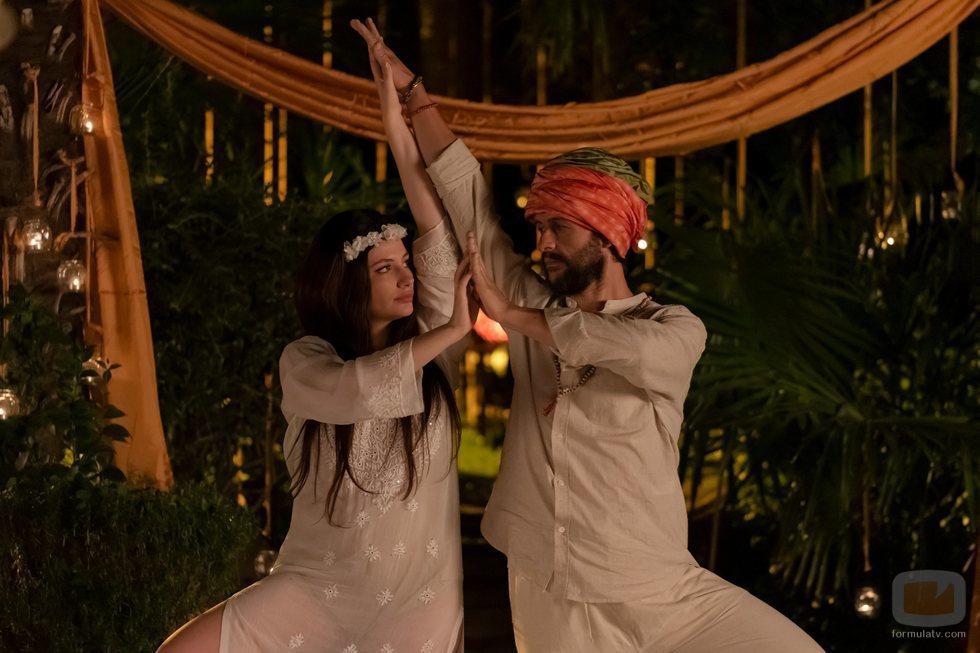 Miriam Giovanelli y Diego Martín en 'Velvet colección'