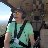 Jesús Calleja pilota su helicóptero en 'Volando voy'
