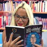 Leticia Sabater lee su novela