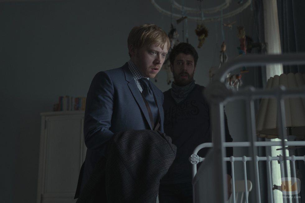 Rupert Grint y Toby Kebbell en 'Servant'