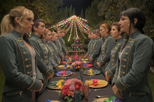 La banda de atracadoras de 'Vis a vis: El Oasis' en la boda mexicana