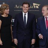 Albert Rivera con María Casado y Manuel Campo Vidal en el 'Debate electoral 4-N'