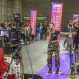 Una aspirante canta en el casting de 'OT 2020' en Madrid