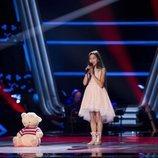 Melani García vuelve a 'La Voz Kids' con Abracitos