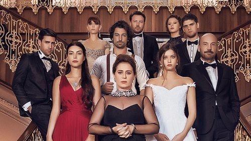 El elenco de 'La señora Fazilet y sus hijas'