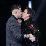 El Maestro Joao besa a Alberto, su amante, en la undécima gala de 'GH VIP 7'